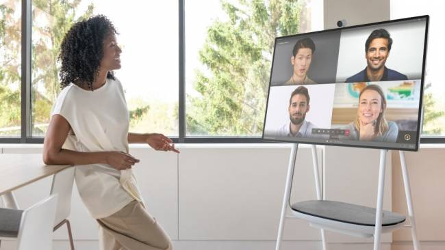 microsoft surface hub 2s presentation